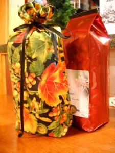 Let us wrap up your coffees with homemade gift bags this year!